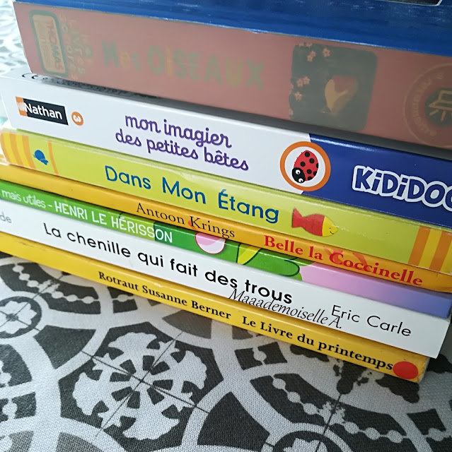 > Mes oiseaux, présenté ici  > Mon imagier des petites bêtes  > Dans mon étang  > Belle la Coccinelle  > La chenille qui fait des trous  > Le livre du printemps