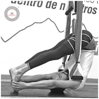aeroyoga-regresa-colombia-aeropilates-aero-yoga-formacion-air-aerial-aerien-cali-medellin-barranquilla-cartagena-diploma-cursos-clases-escuelas-negocios-belleza-salud-ejercicio-bienestar-deporte-certificacion