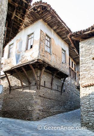 Birgi köyü evleri ve taş sokaklari, Ödemiş İzmir