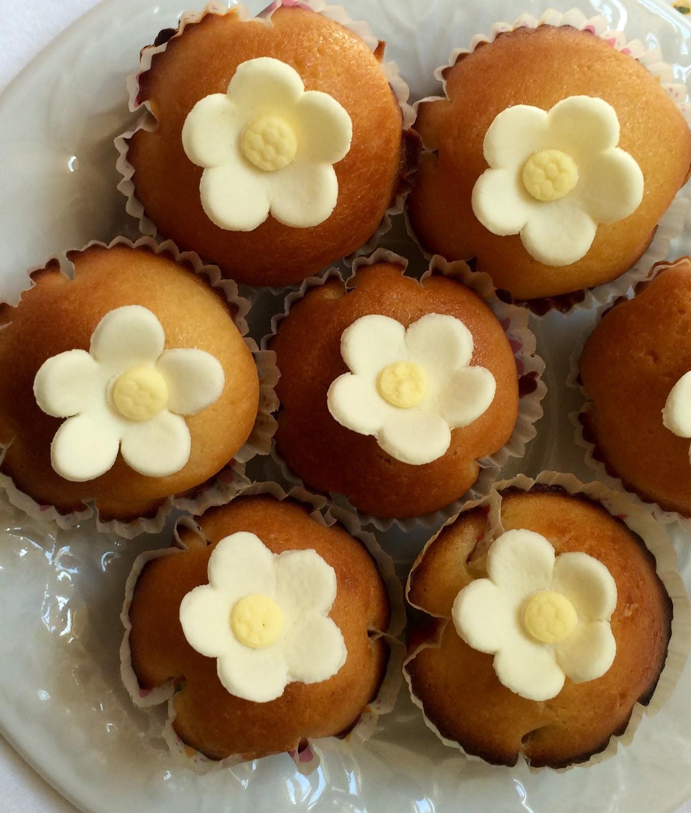 Ina Garten Cupcakes miss patisserie: lemon-yogurt cupcakes {ina garten recipe}