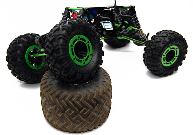 Axial AX10 Scorpion articulation