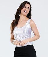 Modelo Regata Feminina Metalizada Plissado