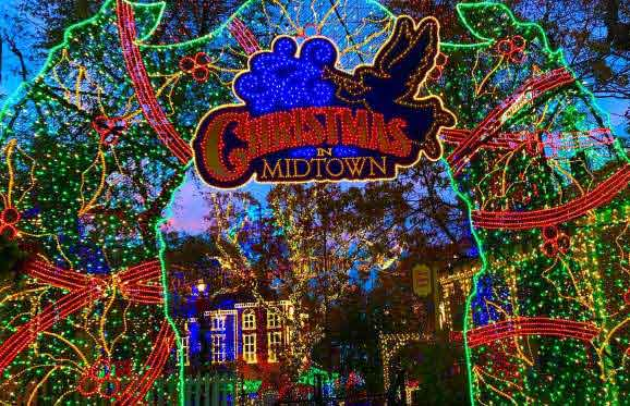 America's Best Amusement Park for Christmas