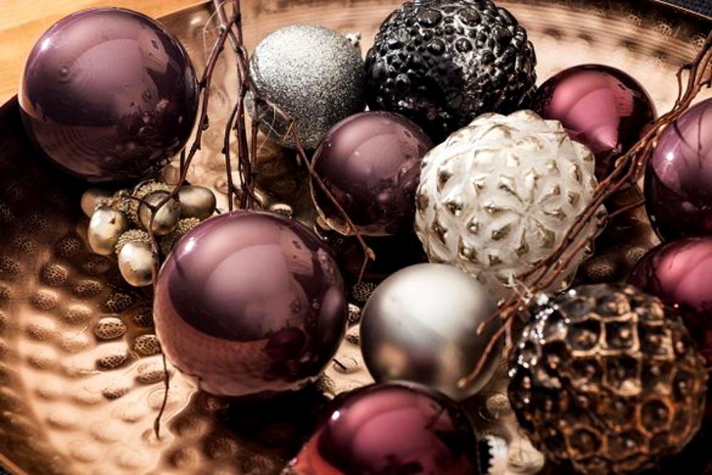 Christmas-Schmuck macht glücklich Christmaskugeln