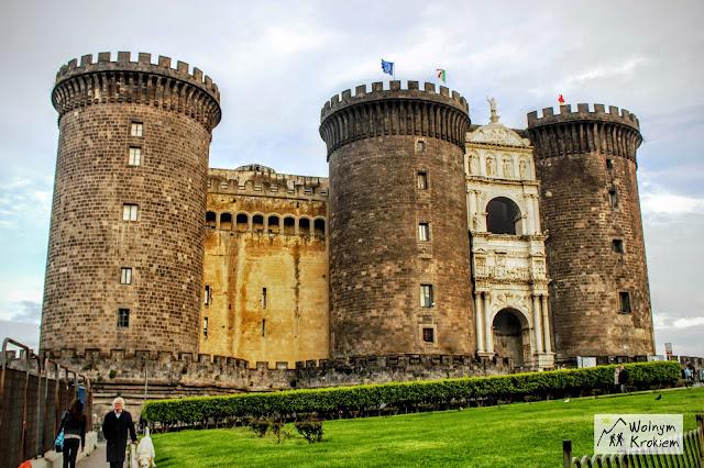 Zamek Nuovo Neapol - bastion Neapol w 3 dni