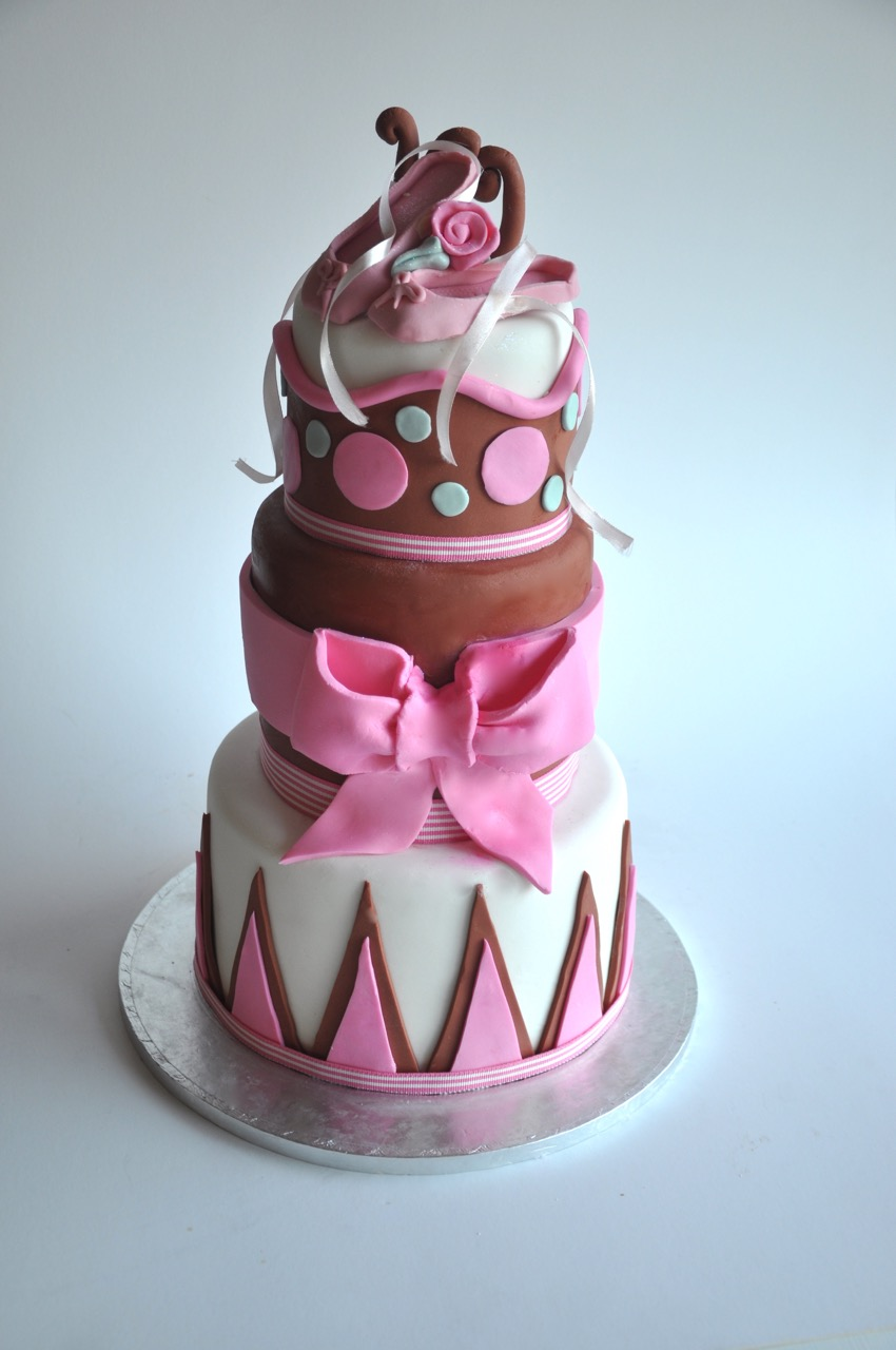 Rozannes Cakes PInk and brown ballet shoe cake