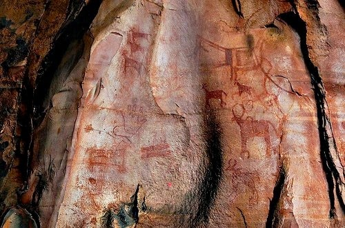 Bhimbetka Rock Paintings - Oldest Paintings Of India and world
