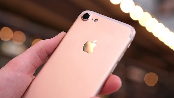 Evan Blass, has now revealed that the Pre-orders for the iPhone 7 are 'confirmed' to start from September 9th ahead of a September 16th release date.