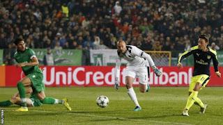 Arsenal's Mesut Ozil Wonder goal
