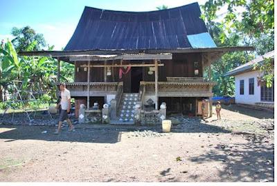 Rumah Gadang Surambi Papek - pustakapengetahuan.com