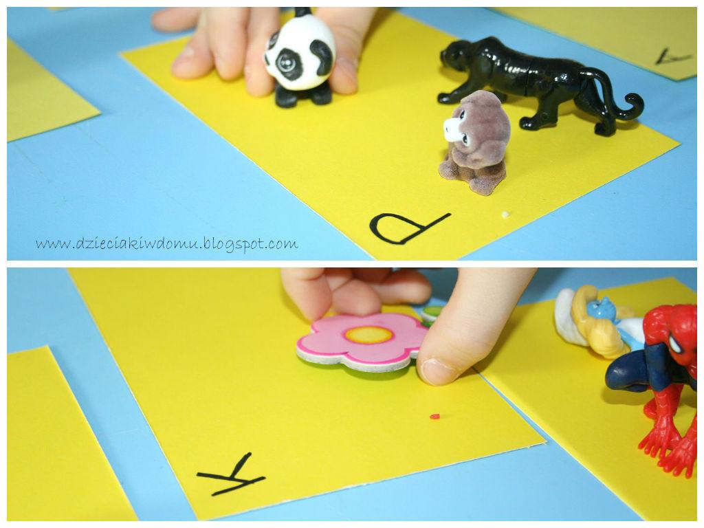 Szukanie przedmiotów w ryżu -kreatywna zabawa dla dzieci stymulująca sensorycznie