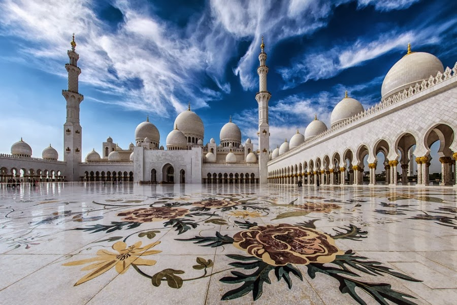 Most Spectacular Photographs of Sheikh Zayed Grand Mosque (Abu Dhabi)