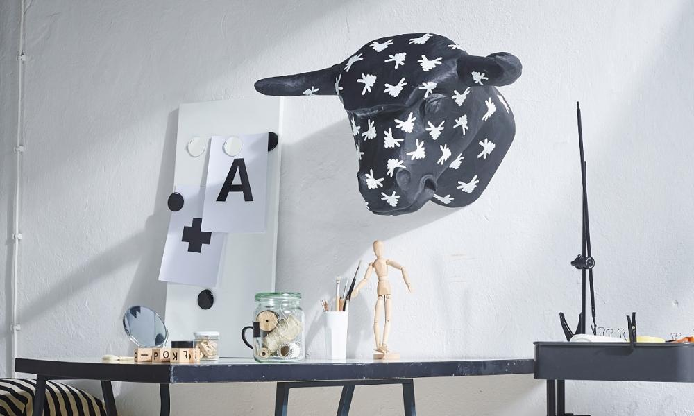 Dekoracje na ścianę z papierowych rzeźb