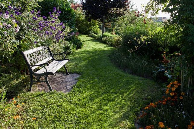 Famille egger un jardin de 3000 m2 ouvert au public for Au jardin de la famille de fabreville