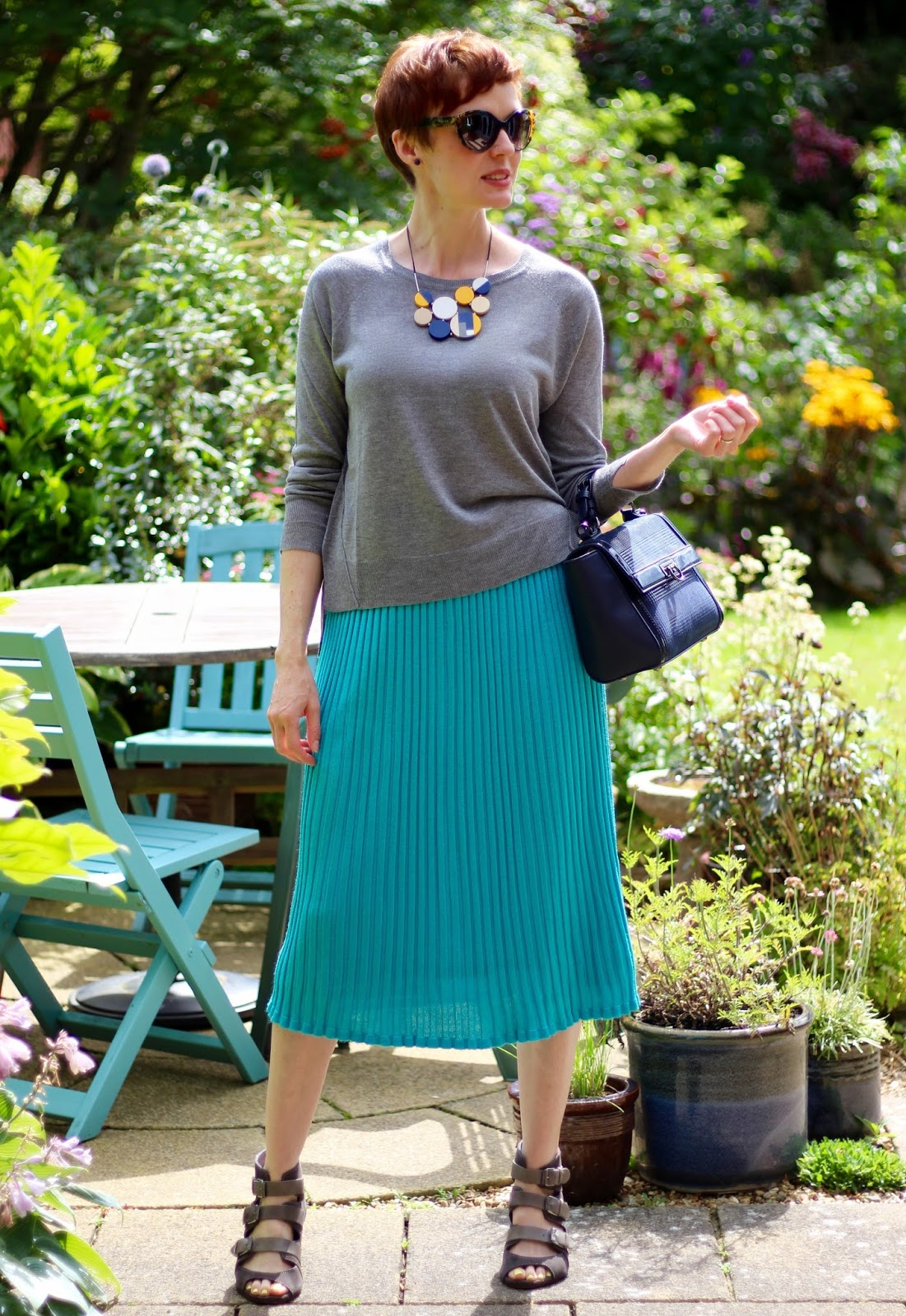Pleated midi skirt | Turquoise & Grey | Modern Modesty | Fake Fabulous