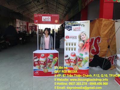 Quầy bán hàng bằng Nhựa