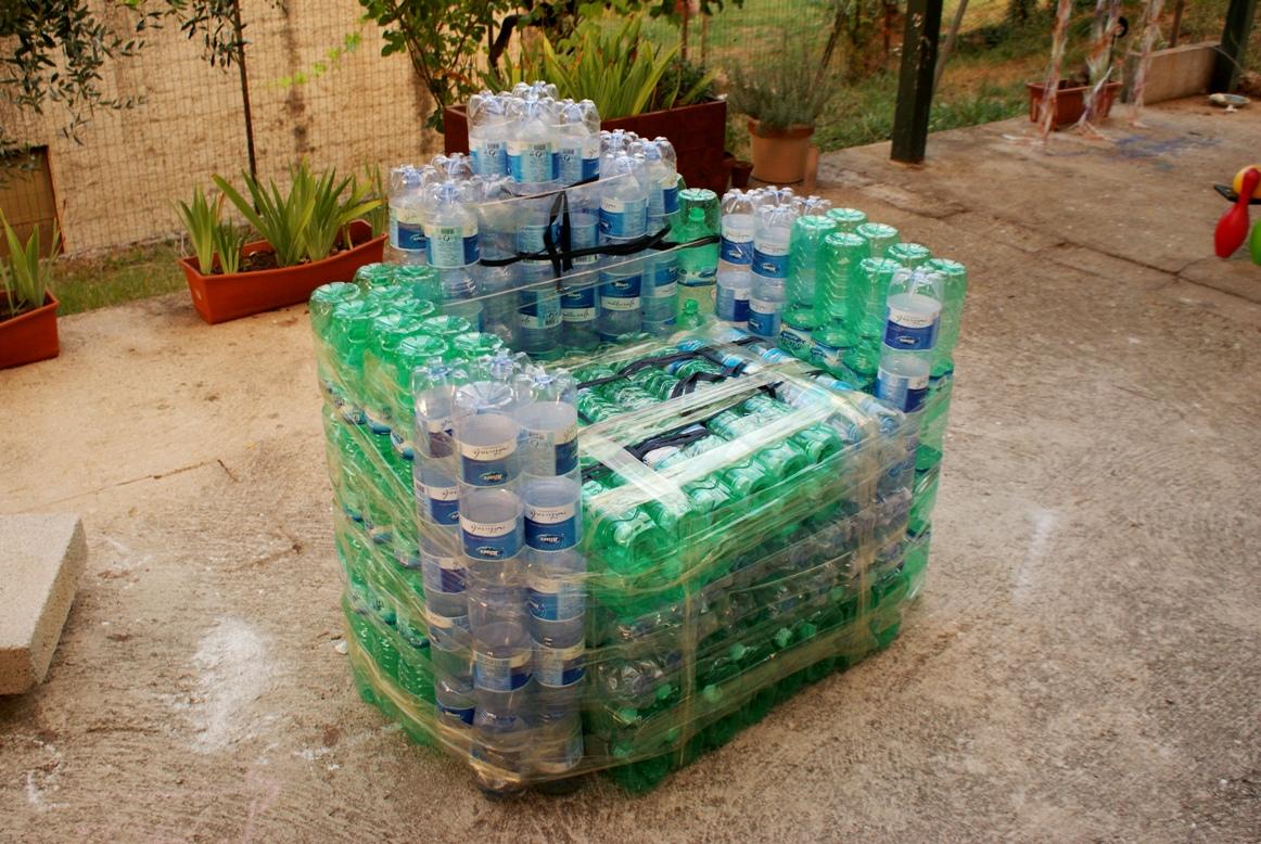 Fai Da Te Bottiglie Plastica.Lampadario Con Bottiglie Plastica Fare Una Lampada Riciclando I