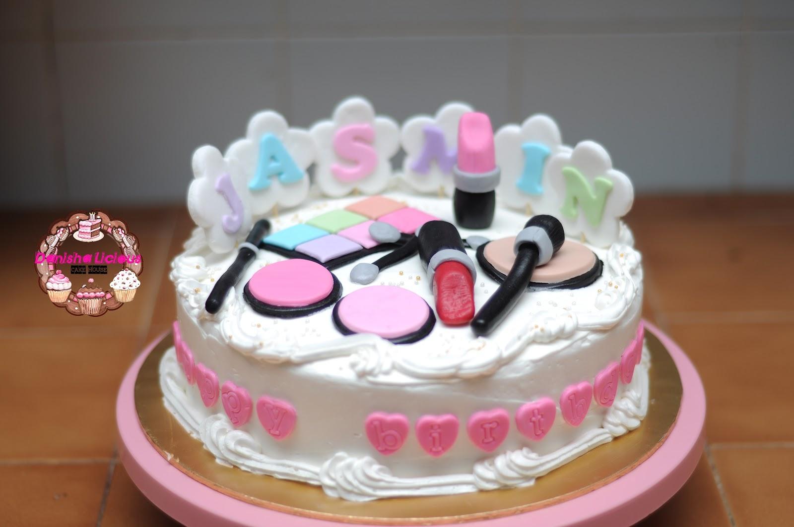 Cosmetic Birthday Cake Ideas