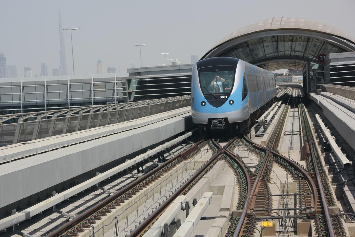 metro dubai, dubai underground, Dubai subway