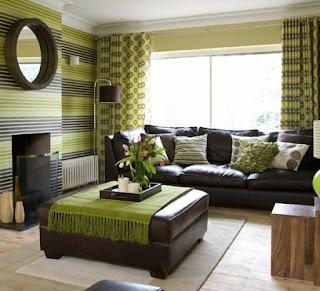 sala decorada marrón verde
