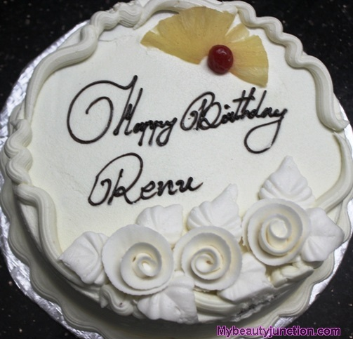 Happy birthday Renu icing pineapple gateau