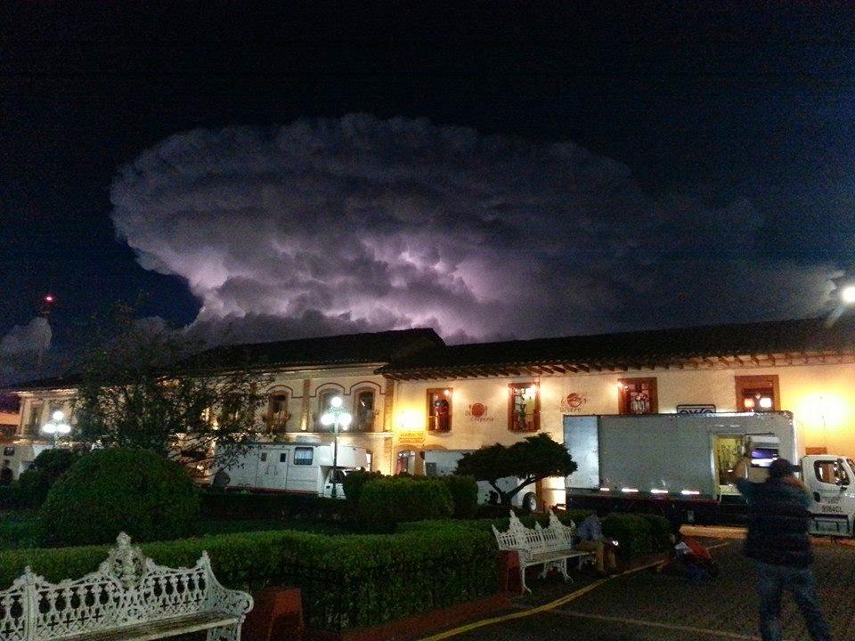 ¿Qué pasa en el cielo de Zacatlán? (hace 3 años)