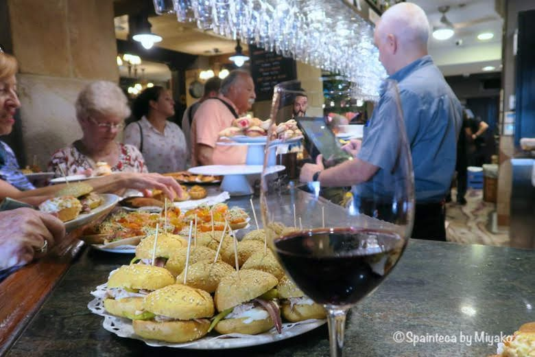 GANDARIAS ガンダリアス サン·セバスティアンの人気バルで本格ピンチョスとワイン