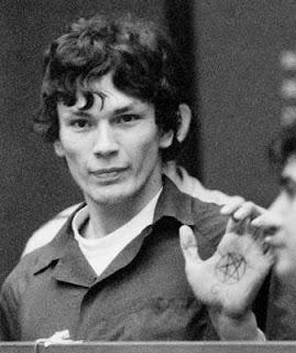 Photo de Richard Ramirez lors de son procès