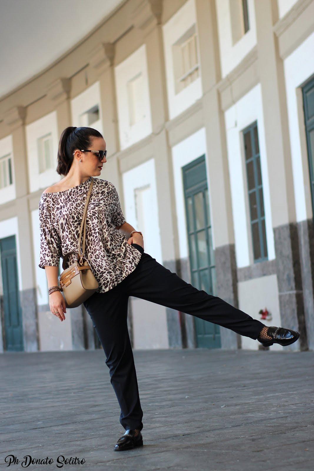 Napoli Piazza Plebiscito fashion blogger Marzia Amaranto