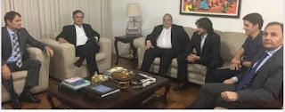 "Romero abre mão de candidatura ao governo para apoiar volta de Cartaxo: ""Decidimos marchar juntos"""