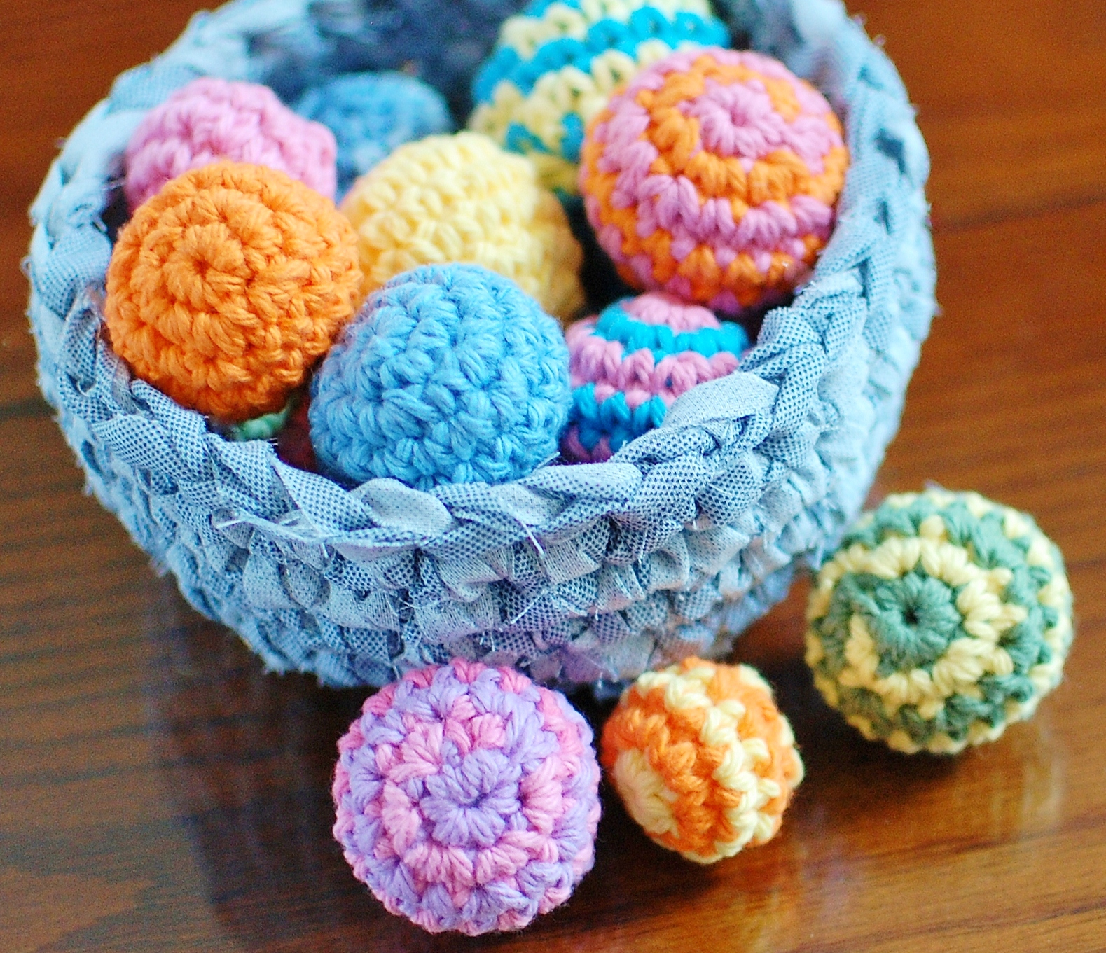 Crochet your way to a beautiful centerpiece free crochet ball save izmirmasajfo Image collections