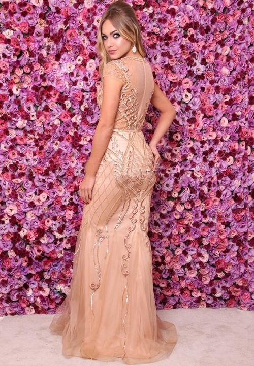vestido de festa dourado manga curta