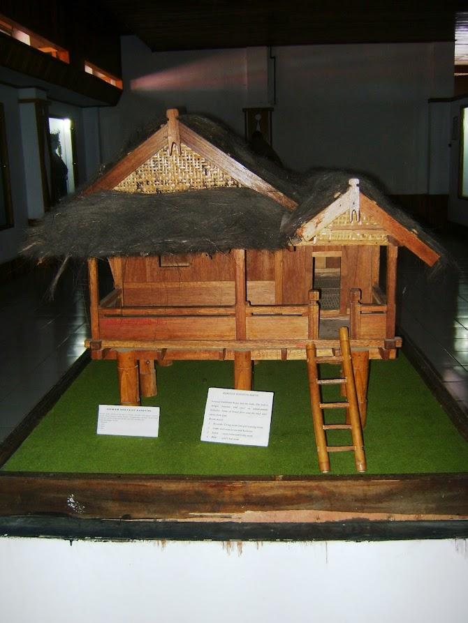 Rumah Adat Masyarakat Bengkulu