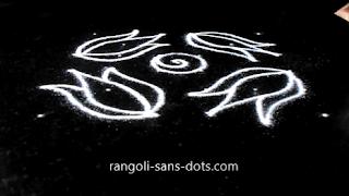 Diwali-lotus-rangoli-1010ad.jpg