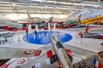 Musée de l'Air et de l'Espace du Bourget (suite) DCD_Muse%25CC%2581e%2Bde%2Bl%2527Air_Cocarde_01