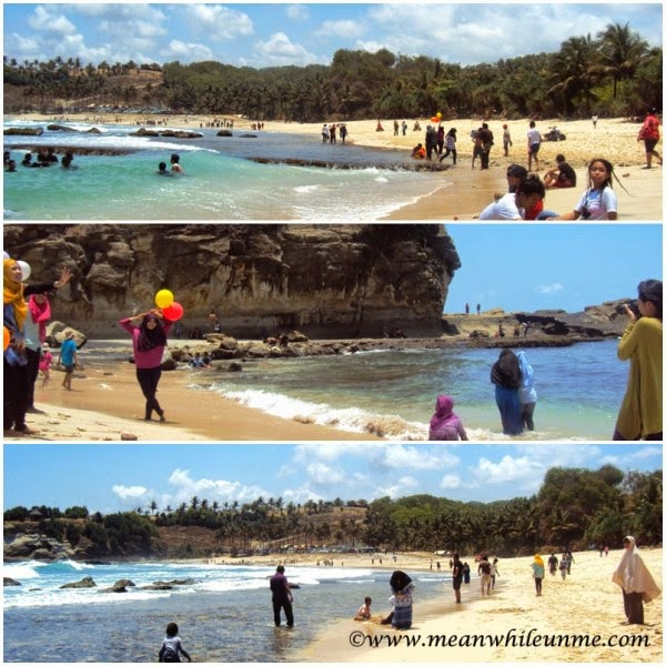 Pantai Klayar Pacitan berpose selfie di pantai