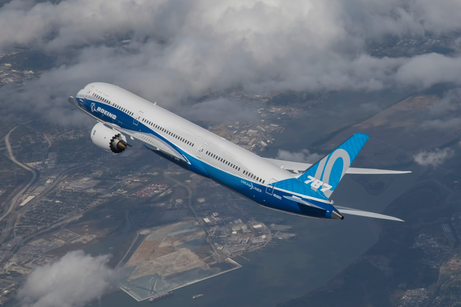 boeing 787 The 787 dreamliner has opened up 180 new markets for boeing customers in  the last six years, helping transform the cost-benefit analysis of.