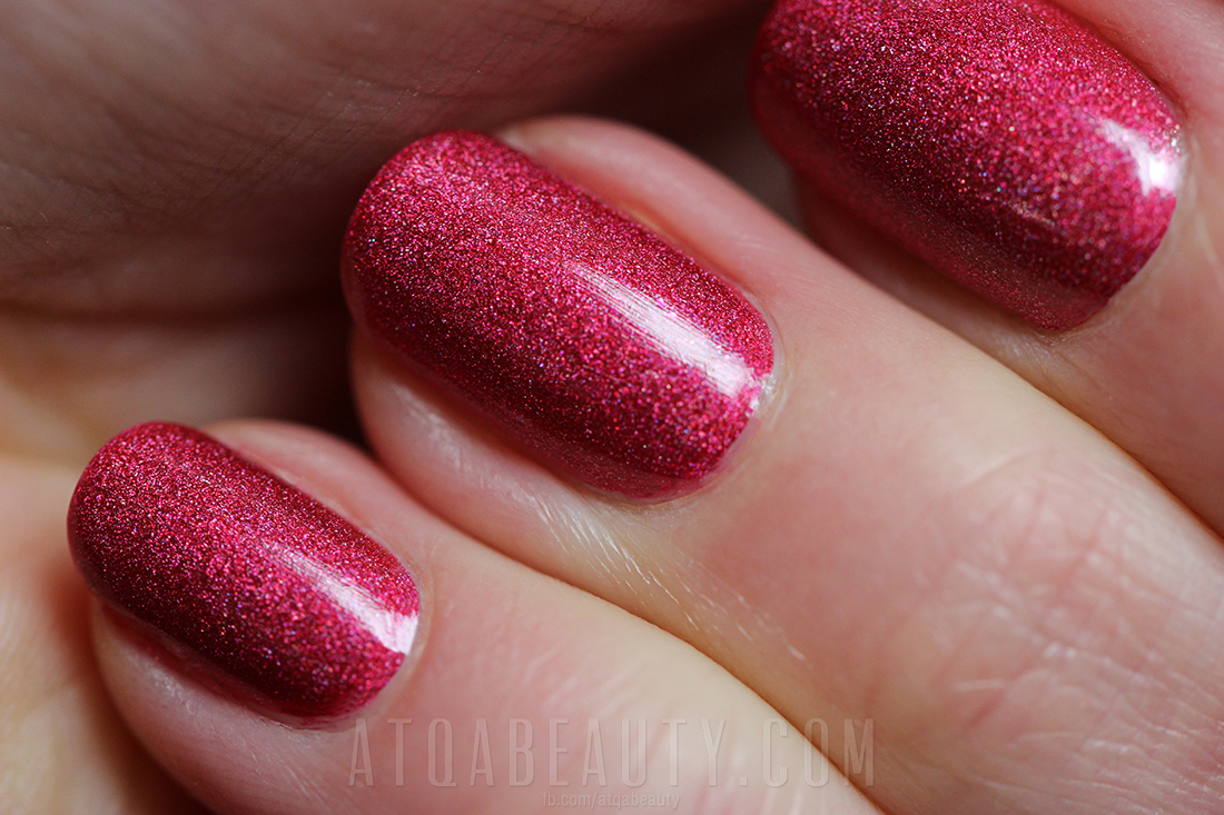 Oriflame • Power Shine Palladium Nail Polish • Fuchsia Palladium