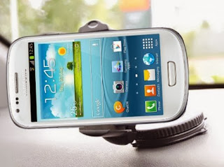 Tampilan Samsung Galaxy S III Mini I8190