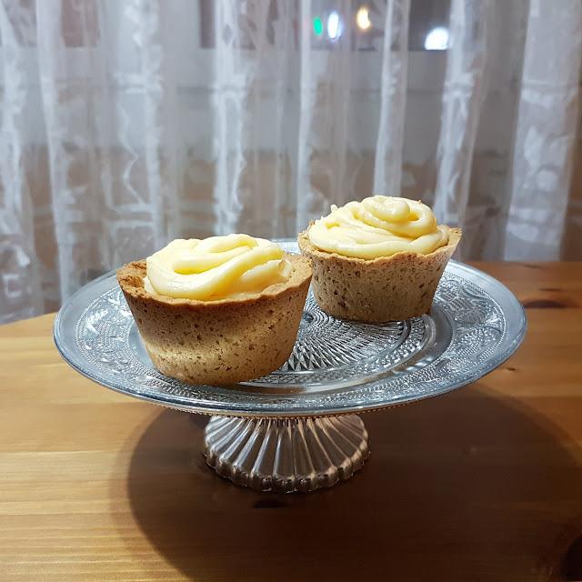 tartaletas de galleta con crema