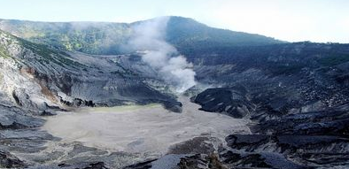 Objek WIsata Gunung Tangkuban Parahu Jawa Barat