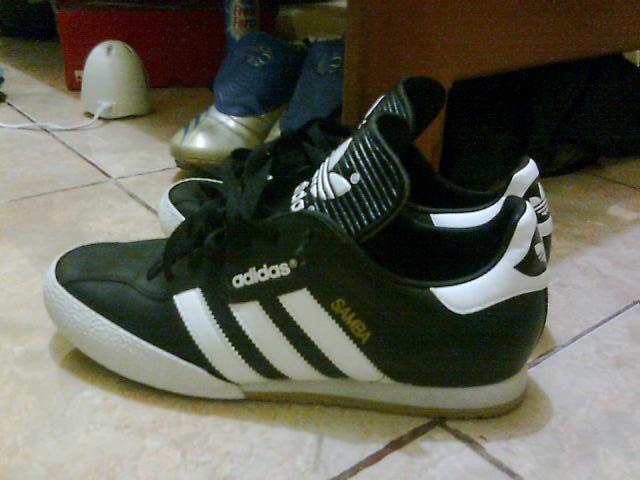 Football and Futsal Boots: REVIEW - Adidas Samba Super IN