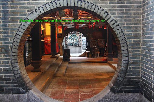 Side entrances, Tin Hau Temple, Aberdeen, Hong Kong