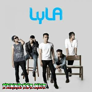 Lyla - Dunia Sempurna (2014) Album cover