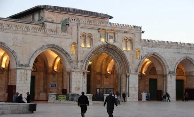 Masjid Al-Aqsha Mulai Dihancurkan Dengan Alat Berat Oleh Yahudi dan Dibangun Kuil Sulaiman