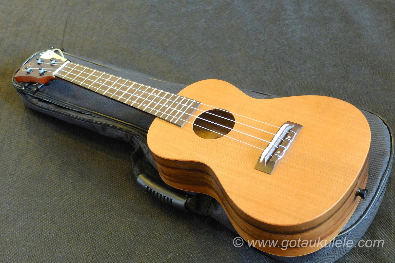 CloudMusic HM12 Ukulele