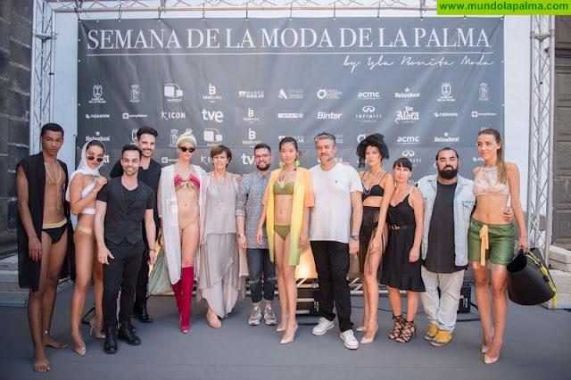La moda baño protagoniza el segundo día de desfiles de la Semana de la Moda de La Palma