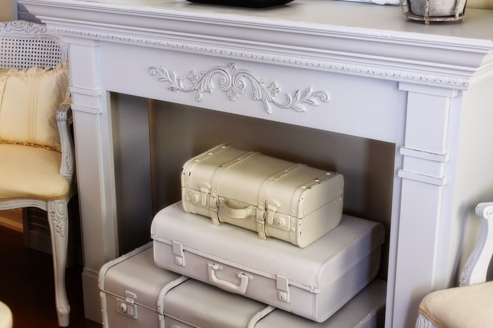 Goodwill Tips: 8 DIY Vintage Suitcase Projects