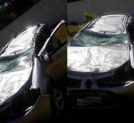 Andradense capota veículo na SP-342 em Santo Antônio do Jardim (SP)