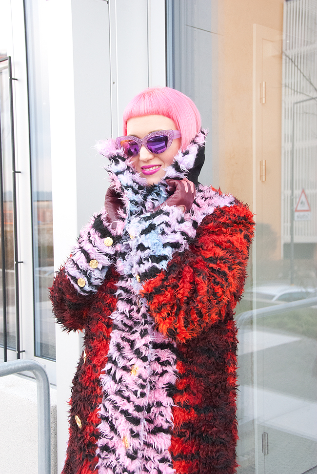 Vow London, pink hair, shaggy fur coat